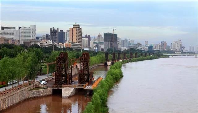 兰州黄河风情线-水车博览园